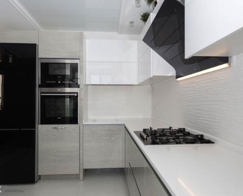 Красива кутова кухня