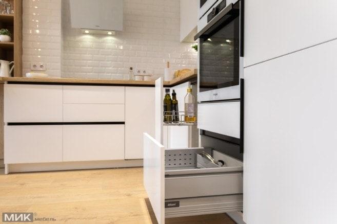 17-Ящики Blum в белой кухне